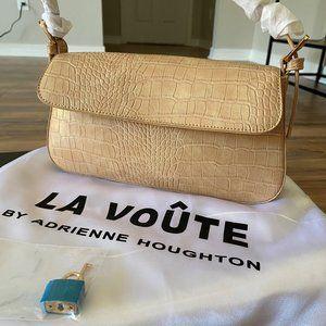 LA VOUTE BY ADRIENNE HOUGHTON- LA MODE (Sand)